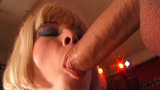Excellent Blondie Czech Stunner Munching An Hefty Beef Whistle
